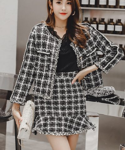 2021 Autumn Winter New Plaid Two Piece Set Tweed Pearls Skirt Suit